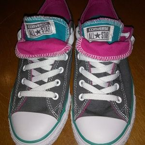 Converse double tongue sneakers. Size 5